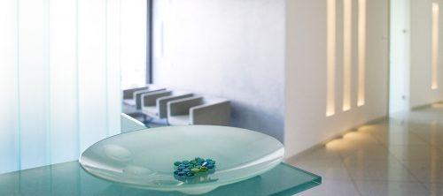Empfang - Zahnarztpraxis für Implantologie und Zahnimplantate in Neu-isenburg